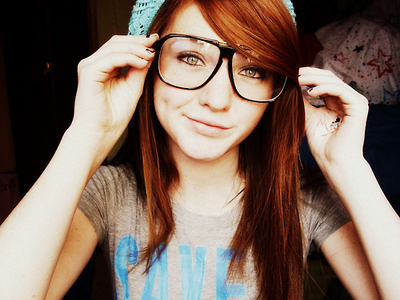 Glasses girl numero 2